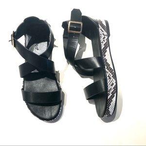 Bamboo platform sandals black&snake print SZ7.5